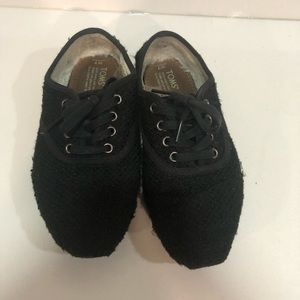 Black Toms shoes